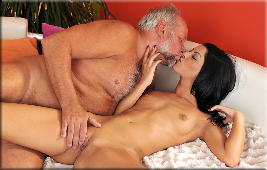 Vivien Bell – Grandpa's After Pool Screw