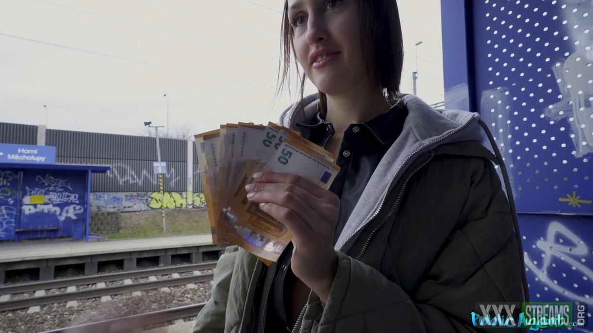 [PublicAgent.com | FakeHub.com] Jessika Night – Train Station Smoker Gets Fucked (2020)
