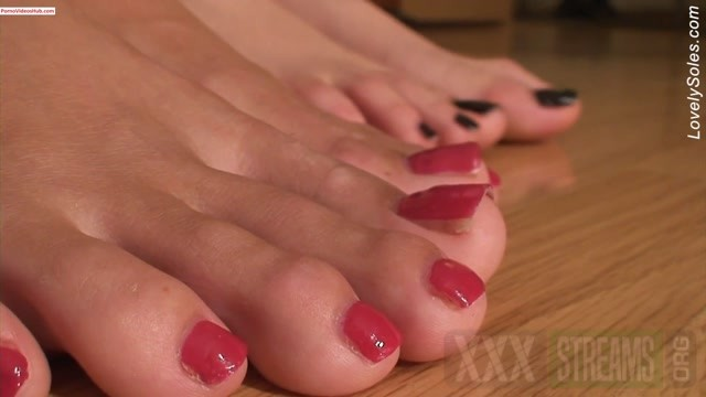 2 girls Jenna and Katie lovely soles show.mp4.00011