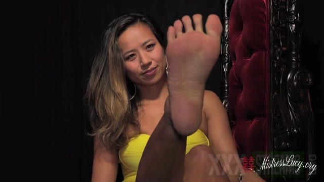 Mistress Lucy Khan in Strappy stiletto and bare foot worship 9.99 Premium user request .mp4.00002