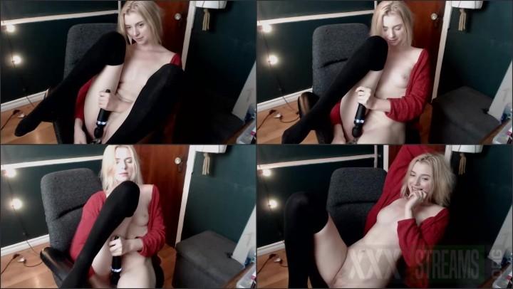 lillexie hitachi dildo webcam solo %28image 1%29