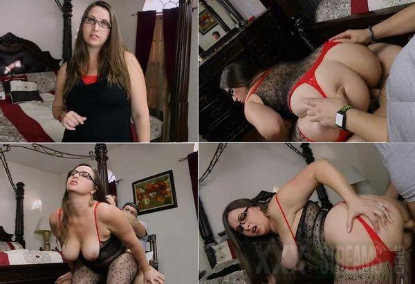 Mom Sniffing Daughters Panties