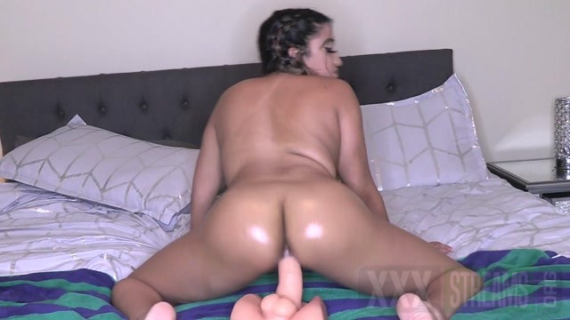 Mixedgirl21 Oily Ass Pov Riding.mp4.00011