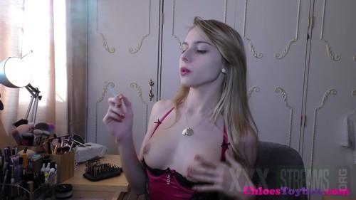 Chloe toy smoking