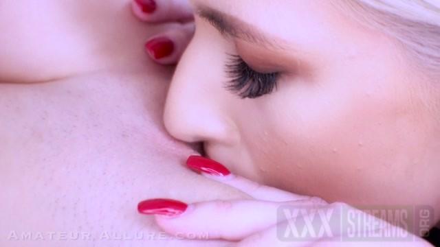 AmateurAllure presents Kiara Cole and Jessie Saint Return to Amateur Allure For Oral Pleasures.mp4.0
