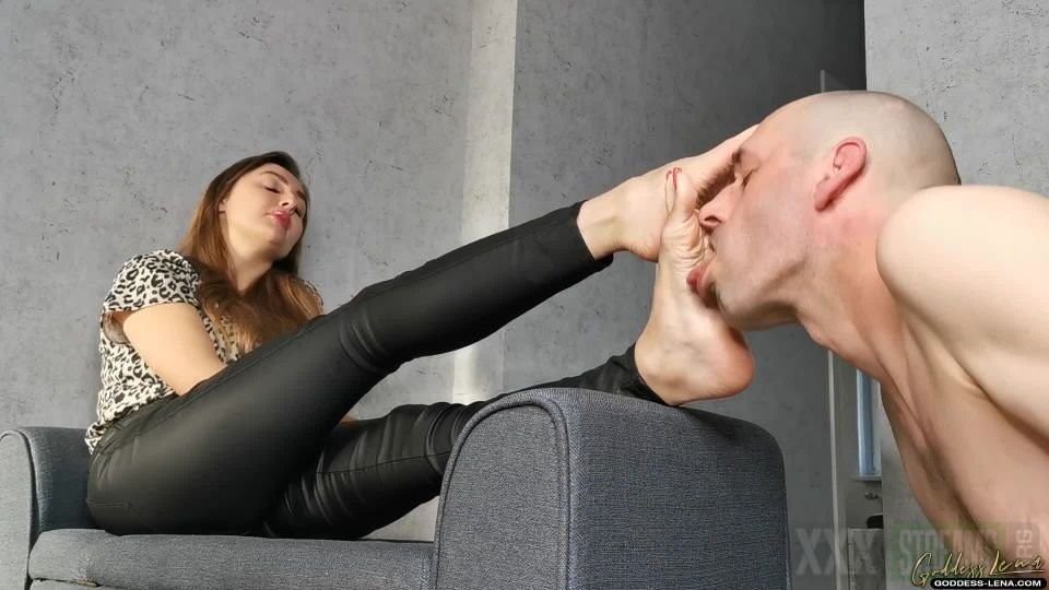 Feet Licking Goddess Mistress