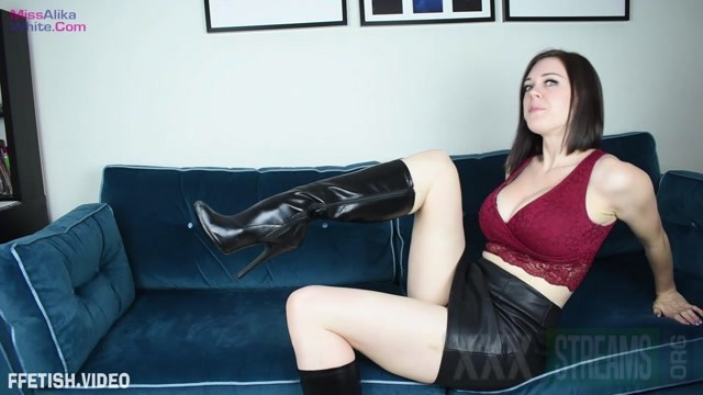 MissAlikaWhite Ballbusting Punishment.mp4.00014
