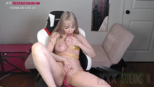 Jessica Starling Hot Camgirl Toys her Pussy with Fingers and Dildo on Cam.mp4.00004