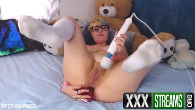 AmeliaLiddell anal virginity taken by friend s Dad.mp4.00014