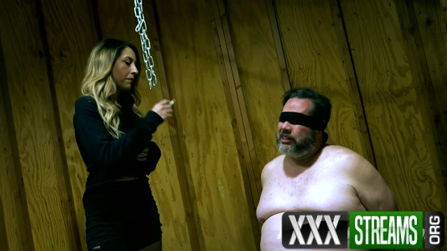 THE MEAN GIRLS Princess Skylar Where s My Slave Part 1.mp4.00001