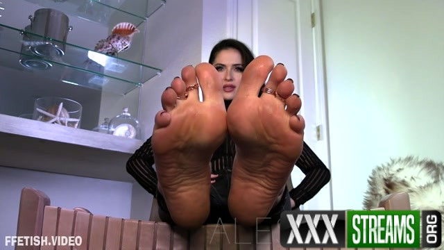 Goddess Alessa Cloud Nine.mp4.00007