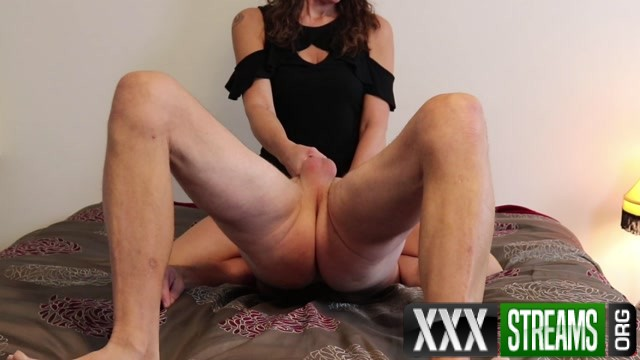 SoccerMomMistress Face Sitting Ball Bust Frenzy.mp4.00002