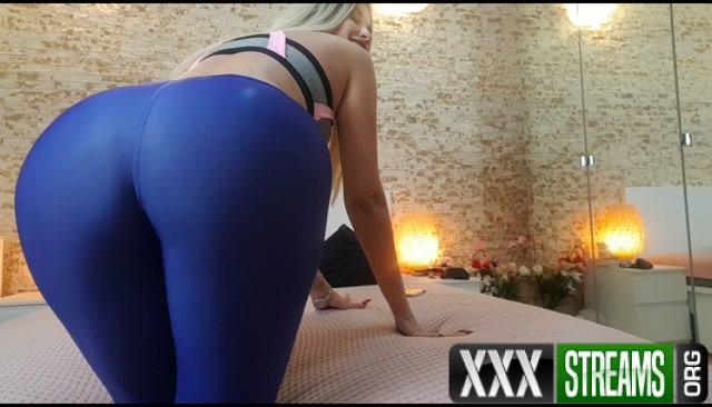 Goddess Natalie Entranced by my yoga pants 00010