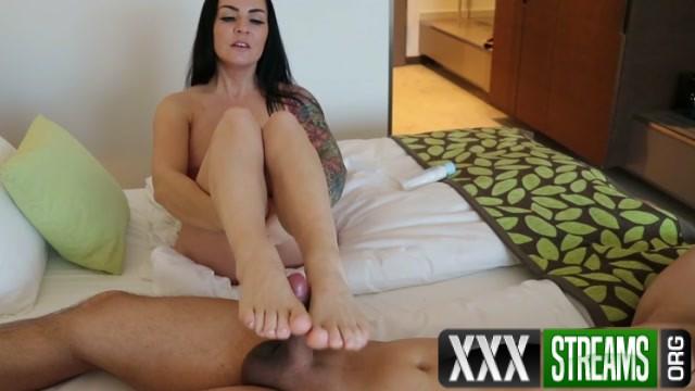 Malina Lay Feinster Footjob Dirty Talk german.mp4.00009