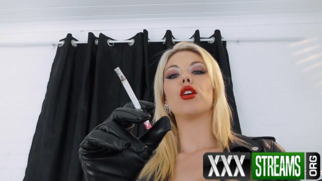 Young Goddess Kim Smoke slave for Leather Goddess 14.51 Premium user request 00007
