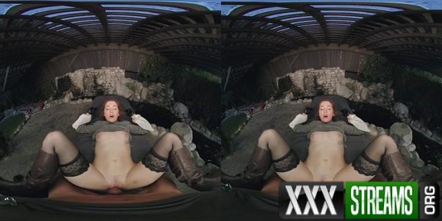 VRCosplayx presents LOTR Arwen A XXX Parody Evelyn Claire 00015