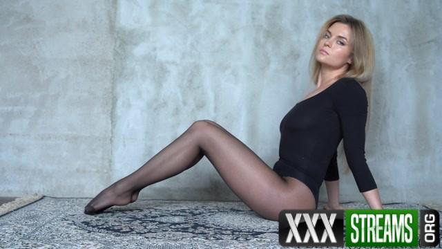 Natalie Sexy Teasing In Black Nylon Pantyhose 00008