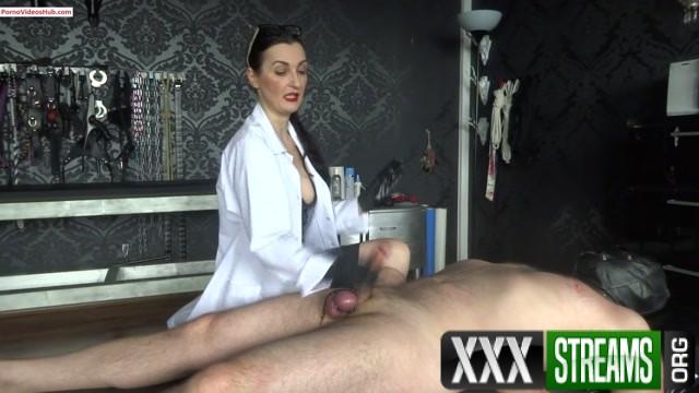 Lady Victoria Valente Nurse Victoria 1st examination and handjob after surgery Part 2 10.99 Premium