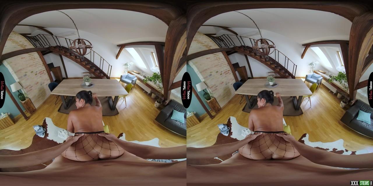 [VirtualTaboo] Big Butt For The Win – Amy Amor (Oculus Go)