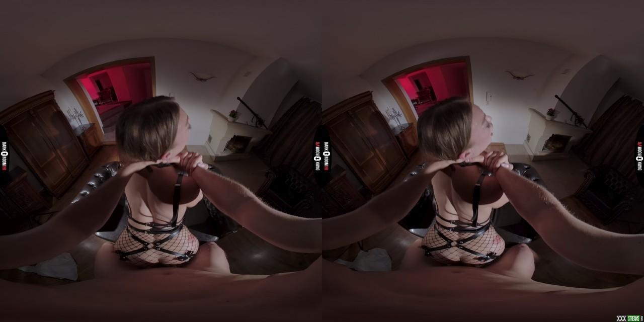 DarkRoomVR – My Ass Comes As A Bonus – Misha Maver (Oculus 5K)