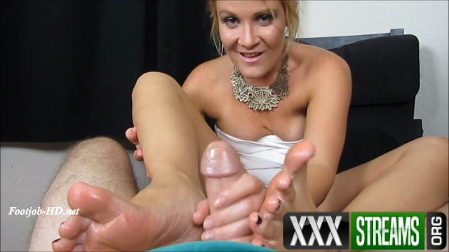 Foot Dr Makes a Housecall for Whit pt2 Whitney Morgan FootJob 00014