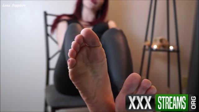 Luna Sapphire Sorceress Sapphire Foot Spell 00006