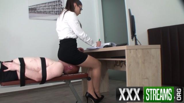 Sadistic Girls A Day As Secretary S Ass Slave Volume II 00004
