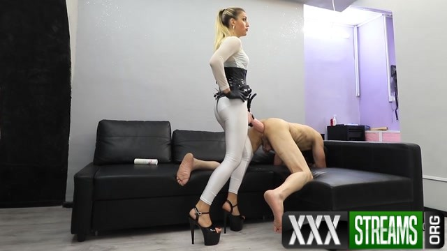 Mistress Iside Anal Impalement 00014
