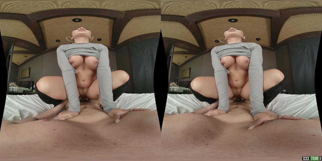 MilfVR – Behind Closed Doors – Morgan Lee (Oculus Go 4K)