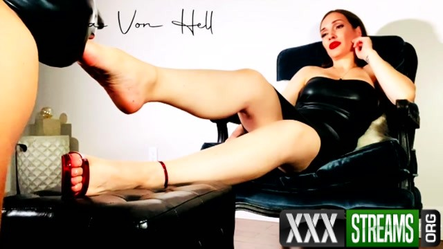 Lick suck hump Alexxa Von Hell FootJob 00005